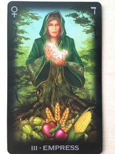 Императрица из колоды Tarot of Dreams художник Чиро Марчетти